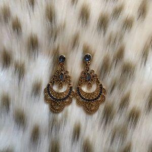 Jewelry - Intricate dangle earrings